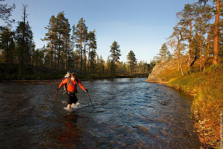 Финляндия, парк Урхо Кеконен, пересечение реки Суомнийоку.