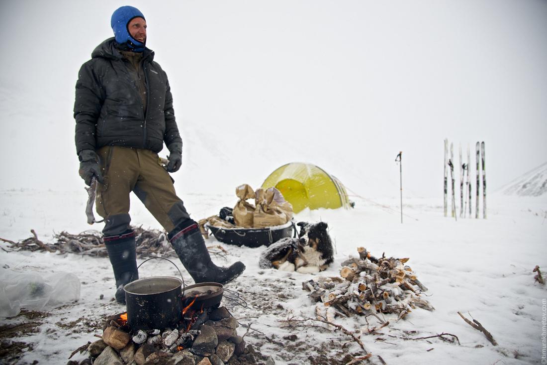 Лагерь в долине реки Угаткын.