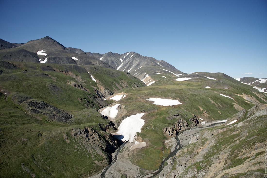 Юго-восточные склоны горы Малый Матачингай