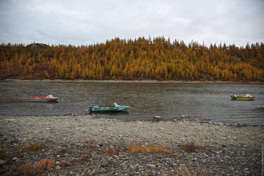 Лодки возле села Илирней