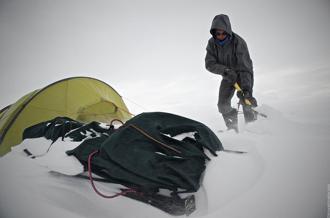 Волокуши в снегу