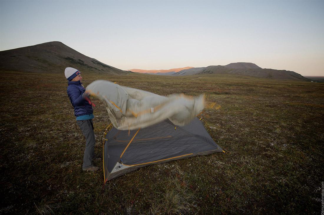 Палатка в тундре
