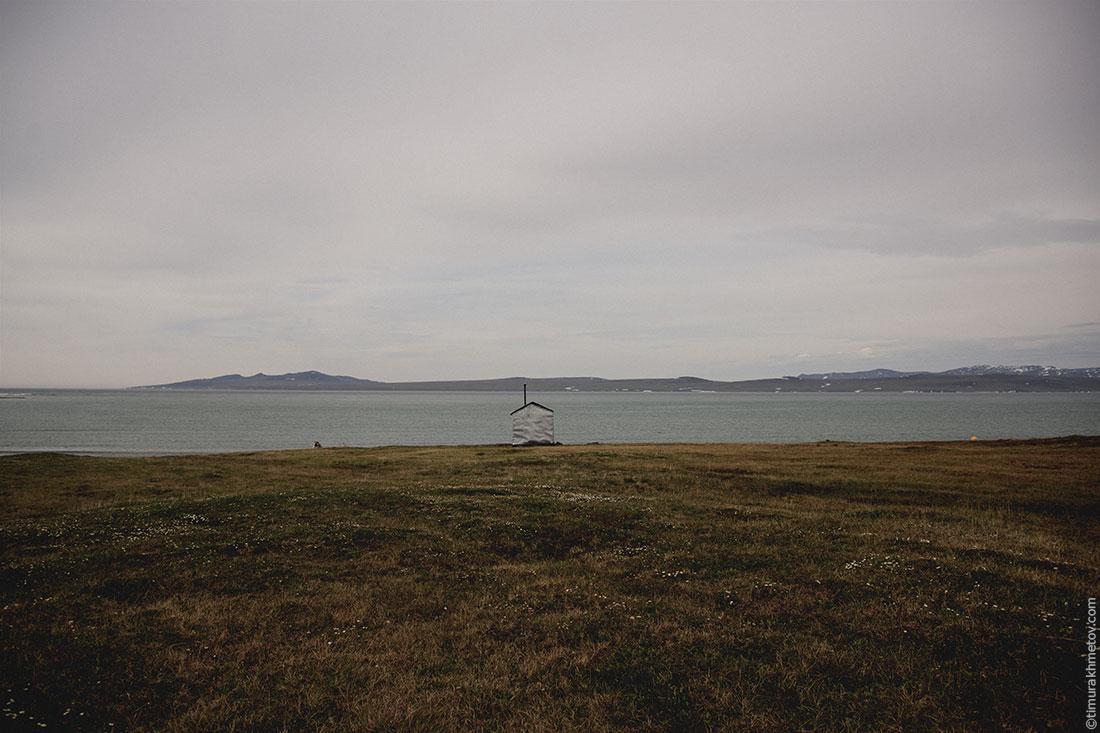 Домик на берегу моря