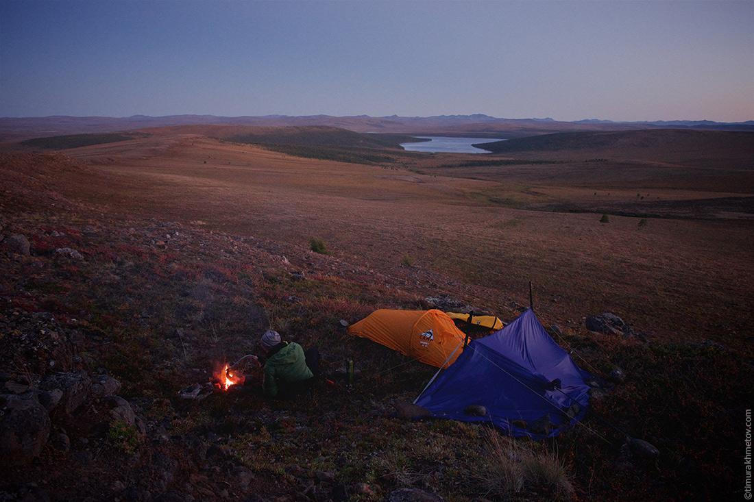 Лагерь с видом на тундру